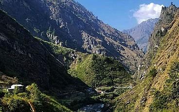 Nar Phu Valley Trekking Image 5