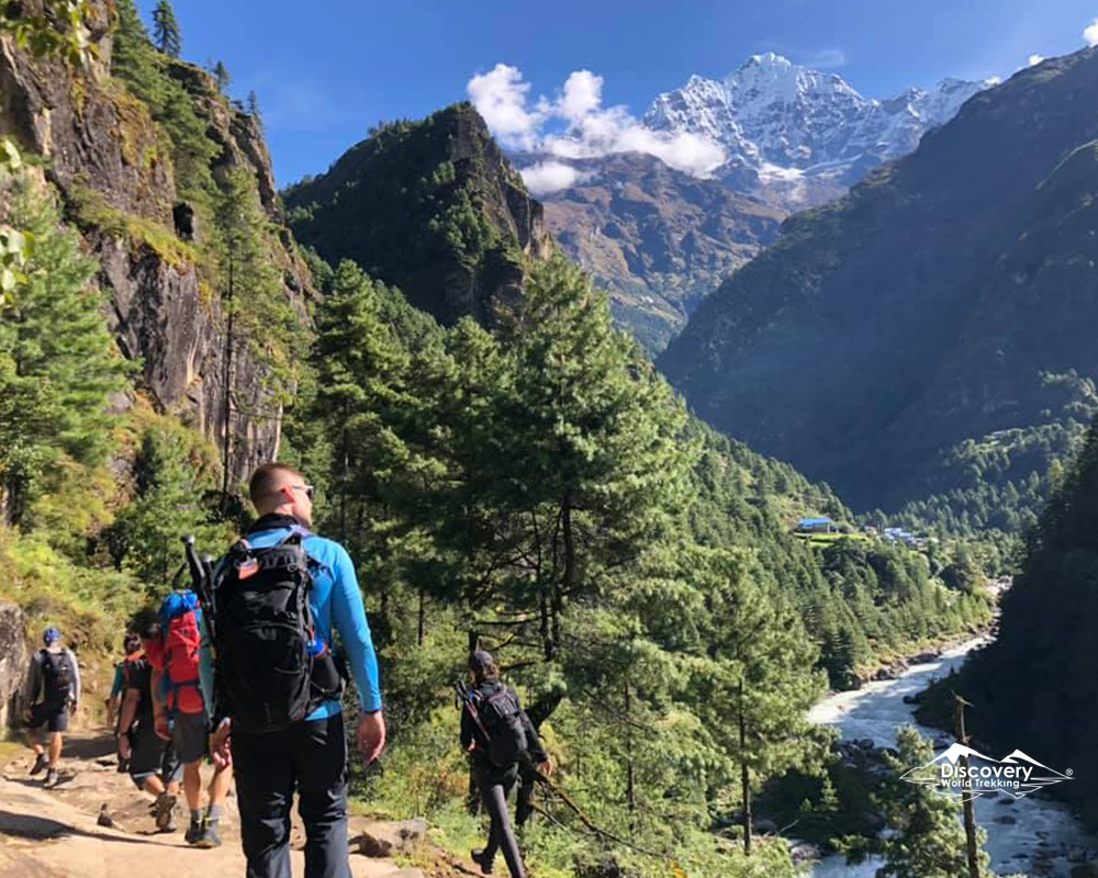 Mountains around Everest Base calls you for this time of the year