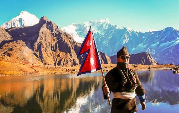 Top 5 Must Go Trekking places in Nepal