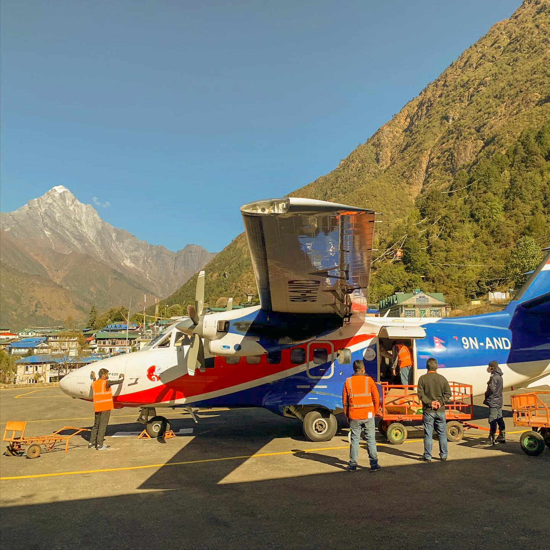 Lukla-airport (2,800m)