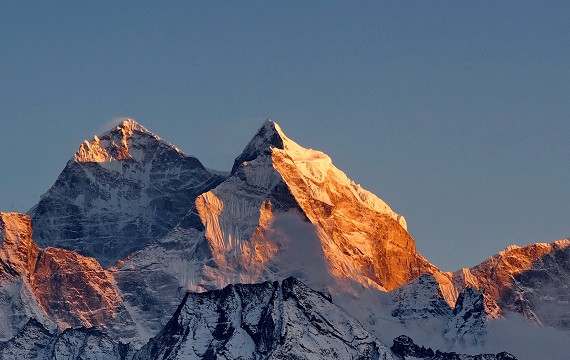 How different are Manaslu Circuit Trek and Annapurna Base Camp Treks?