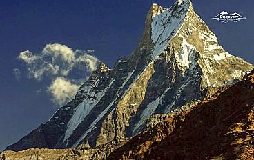 """Machhapuchhre """"fishtail""""(6,993m)"""