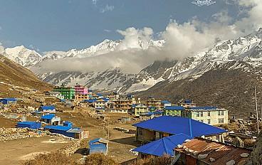 Kyanjin Gompa (3,865 m)