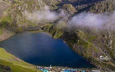 Gosainkunda Lake (4,380 m)