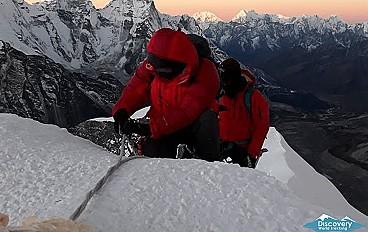 Island Peak Climbing via Everest Base Camp Trek Image 4