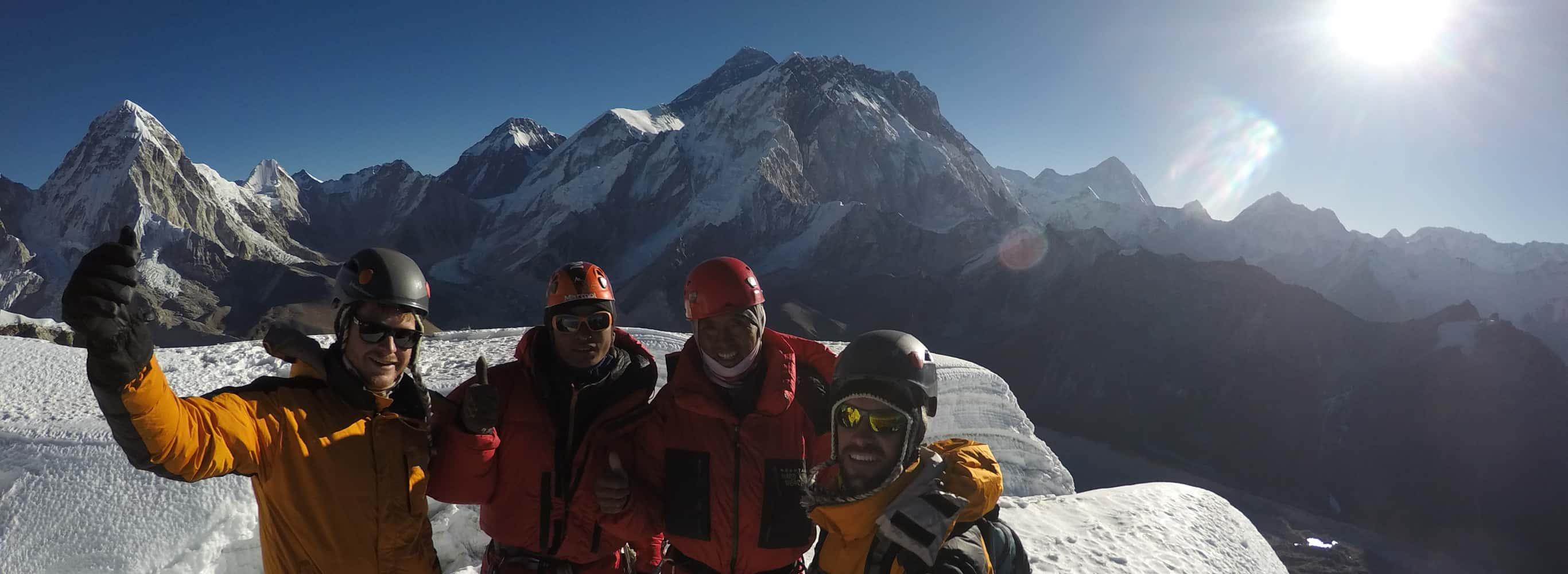 Three Peaks Climbing - Pokalde, The Island and Lobuche East - 23 Days